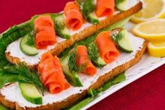 Sanduíches Salmon Fotos de Stock