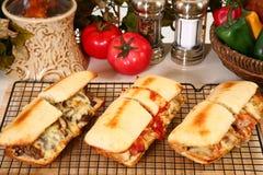 Sanduíches submarinos quentes fotografia de stock