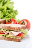 Sanduíche e vegetais Imagem de Stock
