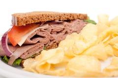 Sandwich à boeuf de rôti sur le pain de seigle Photo libre de droits