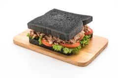 sandwich à charbon de bois de thon Photo stock