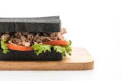 sandwich à charbon de bois de thon Photographie stock libre de droits
