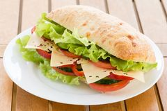 Sandwich à ciabatta avec du fromage Photos libres de droits
