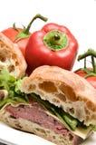 Sandwich à pain de ciabatta de fromage de boursin de boeuf de rôti Photo libre de droits