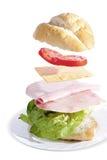 Sandwich au jambon frais sur le fond blanc photographie stock