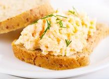 Sandwich avec de la salade d'oeufs Photos stock
