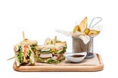 Sandwich avec des fritures images libres de droits