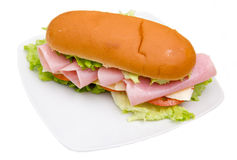 Sandwich avec du jambon et la salade Image libre de droits