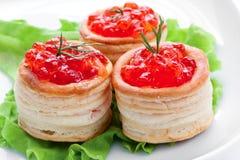Sandwich avec le caviar saumoné Photo stock