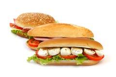 Sandwich con il pomodoro e l'insalata della mozzarella Immagini Stock Libere da Diritti