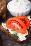 Sandwich with cream cheese and tomato Royalty Free Stock Photography