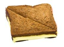 Sandwich de pain foncé avec du fromage Photos libres de droits