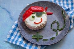 Sandwich drôle pour des enfants dans la forme du pirate Image libre de droits