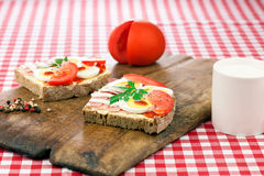 Sandwich with egg, ham and tomato Royalty Free Stock Images