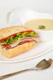 Sandwich en soep Royalty-vrije Stock Afbeeldingen