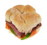 Sandwich encombrant à petit pain de boeuf de rôti photos libres de droits