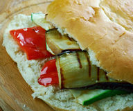 Sandwich grillé à Muffuletta de ratatouille Images libres de droits