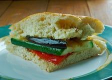 Sandwich grillé à Muffuletta de ratatouille Image libre de droits