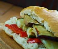 Sandwich grillé à Muffuletta de ratatouille Photographie stock libre de droits