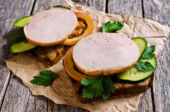 Sandwich with ham and vegetables Royalty Free Stock Photos