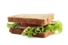 Sandwich met bruin brood op witte achtergrond Stock Afbeeldingen