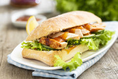 Sandwich met kip Stock Foto