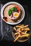 Sandwich mit gebratenen Kartoffeln Stockfotografie