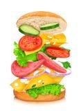 Sandwich mit Reflexion und fallenden Bestandteilen Lizenzfreies Stockbild