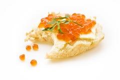 Sandwich mit rotem Kaviar Lizenzfreie Stockfotografie