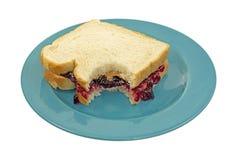 Sandwich mordu à gelée de beurre d'arachide Photographie stock libre de droits