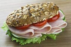 Sandwich op hout Stock Afbeelding