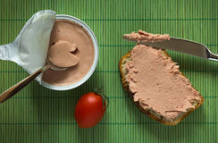 Sandwich with pate and tomato Royalty Free Stock Photos