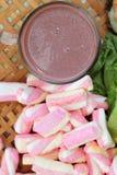 Sandwich rose à chocolat chaud et à thon de guimauves Photo stock