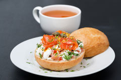 Sandwich with salad of cottage cheese, tomato and salmon Stock Photography