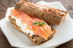 Sandwich with salmon and cheese Royalty Free Stock Photos
