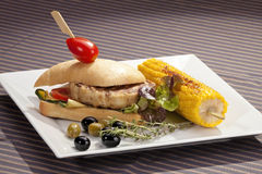 Sandwich w grilled corn and aubergine Stock Photos