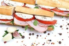 Sandwiche mit Tomateschinken und -mozzarella Stockbild