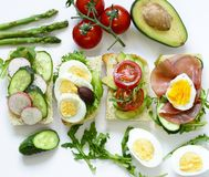 Sandwiche mit verschiedenen Füllungen Lizenzfreie Stockfotos