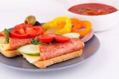 Sandwiche und Soße Stockfotografie