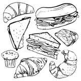Sandwiches, gebakjes en croissants De hand getrokken vectorreeks van de overzichtsschets stock illustratie