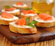 Sandwiches met een zalm Royalty-vrije Stock Afbeeldingen