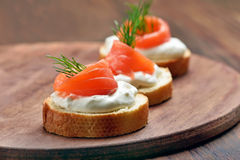 Sandwiches with salmon and dill Royalty Free Stock Images