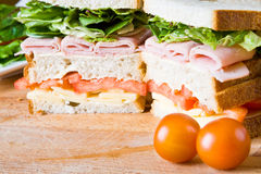 Sandwichs à pont de Tripple Photographie stock libre de droits