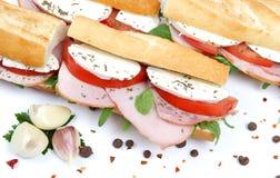 Sandwichs avec du jambon et le mozzarella de tomate Photo stock