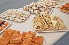 Sandwichs et pâtisseries photo libre de droits
