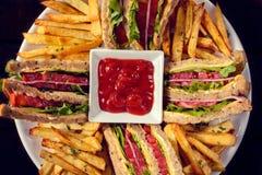 Sandwichs et pommes frites image libre de droits