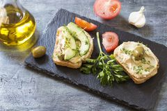Sandwichs ? houmous photographie stock