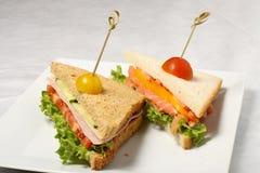Sandwichs saumonés fermés Photo libre de droits
