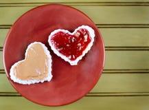 Sandwtich da manteiga e da geléia de amendoim da forma do coração fotos de stock royalty free