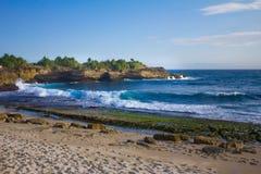 Sandy Bay i Nusa Lembongan Arkivbilder